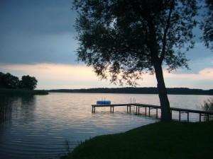 Abend- und Gewitterstimmung am Tempziner See bei Blankenberg am 07. Juli 2009.