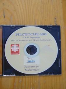 Auch eine CD mit den wichtigsten Erläuterungen zum Thema Pilze wurde eigens für dieses Projekt erstellt..