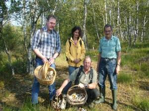 Auch eine ausgiebige Pilzmahlzeit war für jeden gesichert. Es gab viele Birkenpilze und auch einige Steinpilze. Im Roggendorfer Moor am 20. September 2009.