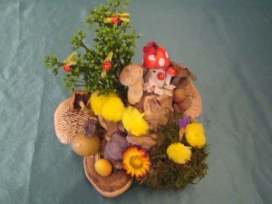 Farbenfrohes Ostergesteck mit verschiedenen Pilzen für 8.00 € - Verkauft.