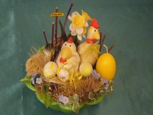 Frühlingshafte Osterschale für 10.00 €.