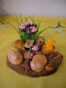 Gestech auf Eichen - Wirrling mit Ente, Frosch und Hasenkerze zu 8.00 €.