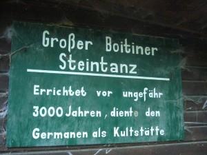 Der großer Boitiner Steintanz befindet im Kreuzgrund bei Dreetz.
