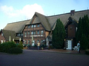 """Treff war um 09.00 Uhr am Hotel """"Schäfer - Eck"""" in Groß Strömkendorf, kurz vor den Toren der Ostsee - Insel Poel."""