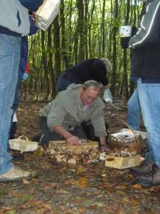 Auf diesem Wege möchte ich mich auch beim Pilzberater Klaus Warning aus Bützow ganz herzlich bedanken, das er mich beim Durchschauen der Sammelergebnisse tatkräftig unterstützte, denn es gab heute nicht nur viele Pilze, sondern es waren auch viele Leute heute mit dabei.
