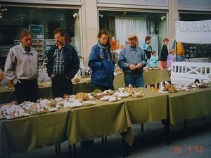 Pilzausstellung in der Fußgängerzone im Jahr 2003.