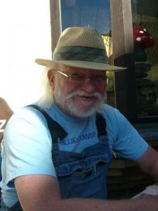 """Auch konnten wir am Pfingstsonntag ein neues Mitglied im Kreis der Pilzfreunde innerhalb der Gemeinnützigen Gesellschaft Wismar begrüßen. Da er an diesem Tag Geburtstag feierte, war für ihn der Besuch im """"Steinpilz"""" und der Vereinsbeitritt nach eigenen Worten"""