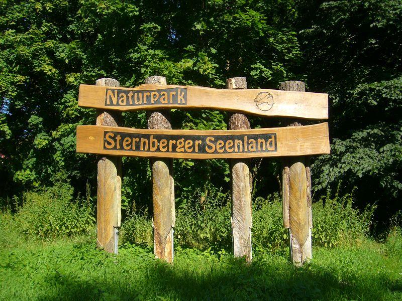 Das Warnowdurchbruchstal, am Zusammenfluß von Warnoe und Mildenitz zwichen Sternberger Burg und Klein Raden gehört zum Naturpark Sternberger Seenland. Es gehört zu den urwüchsigsten und ursprünglichsten Landschaften in Mecklenburg.
