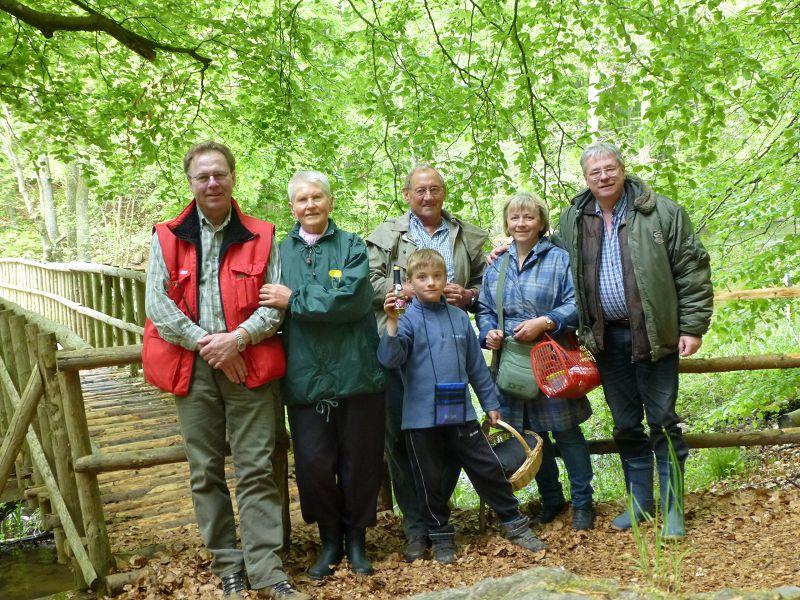Auch heute waren wir nur eine kleine Truppe von 6 Pilzfreunden die auf Bestandsaufnahme im Warnowtal unterwegs waren. Troztdem hat es uns heute wieder sehr viel Spaß gemacht. 12.Mai 2013.