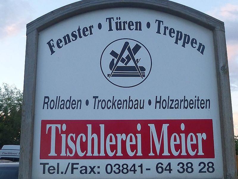 Die Tischlerei Meier in Wismar - Wendorf war heute Ausgangs- und Endpunkt unserer tradirionellen Abendwanderung der Pilzfreunde.