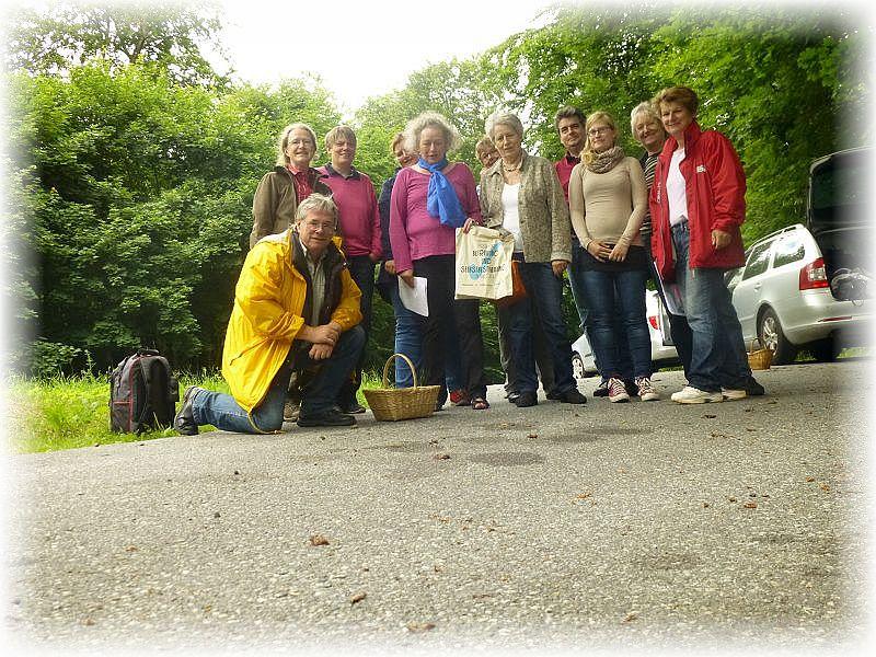 Zum Schluß versammelten wir uns wie üblich bei unseren Wanderungen zum gemeinsamen Gruppenfoto. Ich hoffe, es hat allen Spaß gemacht!
