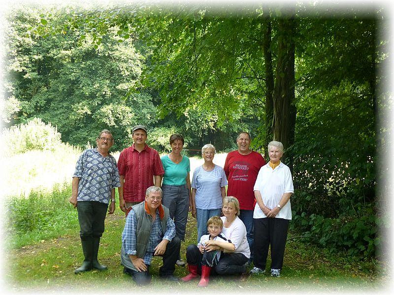 Mit 9 Leuten war es heute wirklich eine gemütliche Truppe. Neben unserem harten Kern durften wir auch zwei Gäste in unserer Mitte begrüßen. Heidenholz und Klappenkrug am 27.Juli 2014.