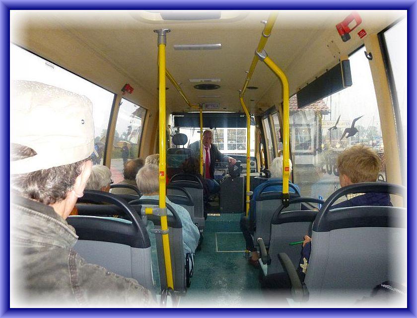 Bevor es los ging noch eine kurze Begrüßung durch unseren Busfahrer und sehr kompetenten Inselerklärer Wilfried Boldt.