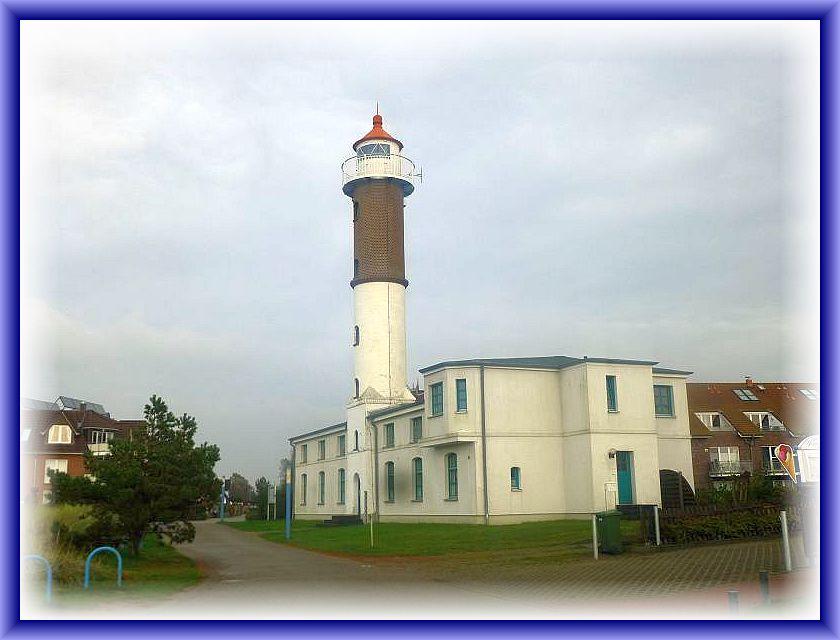 Das bei Tag und Nacht weithin sichtbare Wahrzeichen der Insel Poel ist der Leutturm von Timmendorf.