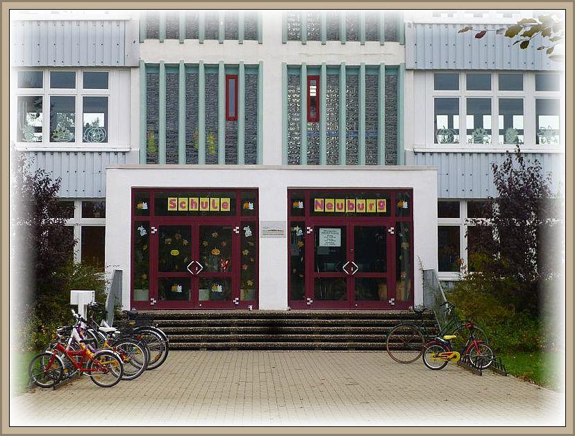 Gegen 08.30 Uhr hatte ich heute nochmal ein Termin mit Kindern und ihrer Lehrerin der Schule in Neuburg.