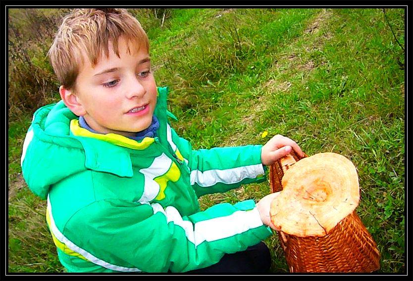 Hier konnte sich jeder reichlich mit Edel - Reizkern eindecken, so wie sich hier auch Jonas zu einem stattlichen Exemplar freut.