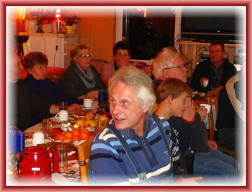 Benno Westphal ist der Vater der Pilzkartierung im Nordwestmecklenburger Raum. Aber auch darüber hinaus ist er auch in anderen Landstrichen unseres Bundeslandes unterwegs, um vieles abzukartieren. Besonders in den 1990er Jahren waren wir auch viel gemeinsam unterwegs u.a. mit Brigitte Schurig und Jürgen Schwik.