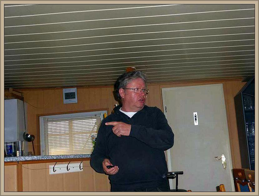 Ulrich Klein während seines fundierten und kurzweiligen Vortrages.