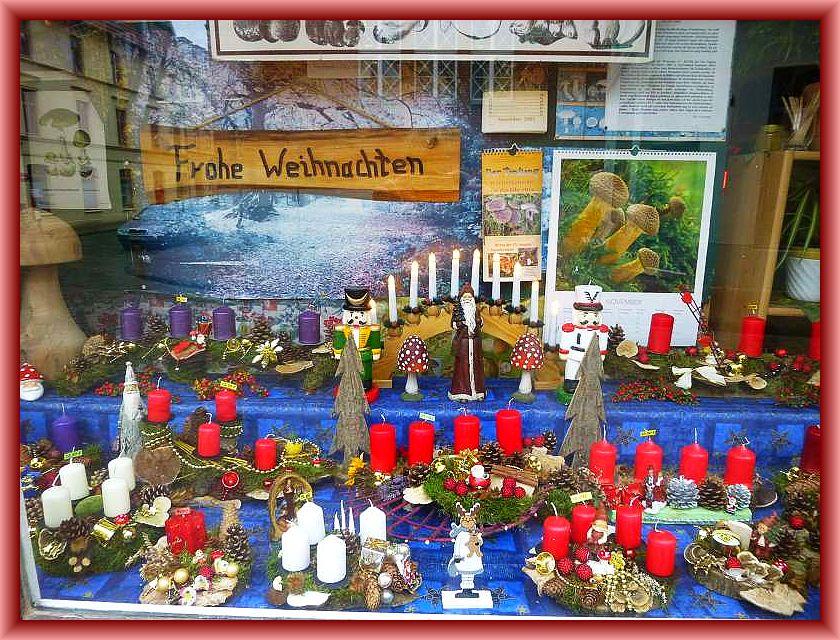 Der Steinpilz - Wismar wünscht ein frohes Weihnachtsfest und einen guten Rutsch in das neue Pilzjahr 2017.