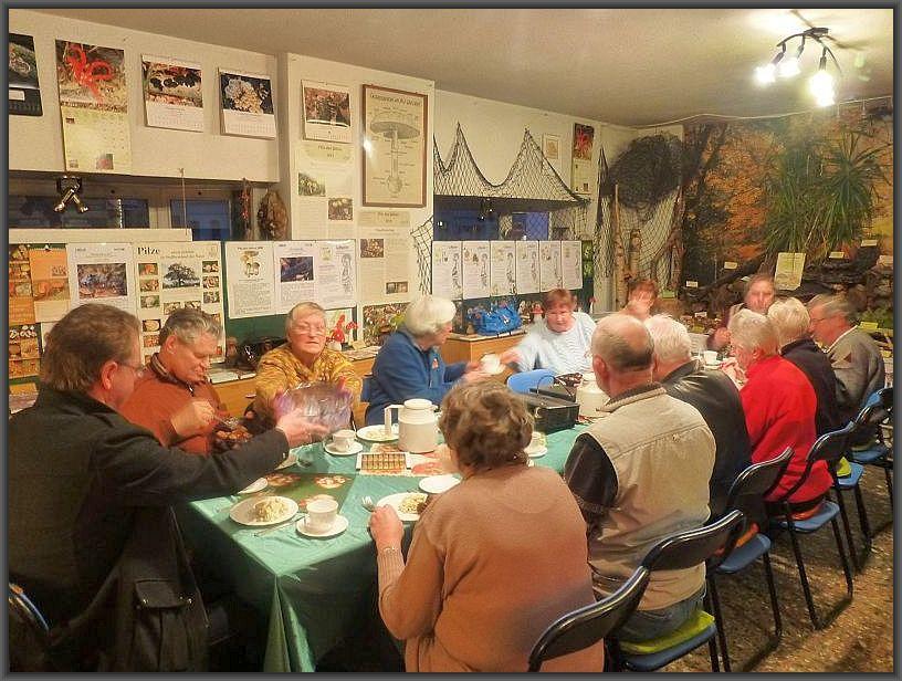Wie jedes Jahr im September wollen wir auf unserem Vereinstreffen die bevorstehende Großpilzausstellung planen und besprechen.