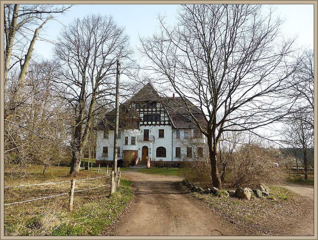 Ausgangspunkt der heutigen Wanderung war das alte Gutshaus in Alt Necheln.