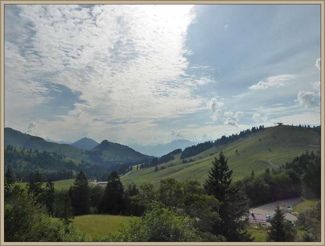 Nach der ersten Nacht in deutschlands höchstgelegener Jugendherbe bot sich uns am Morgen dieses fast unwirkliche, traunhafte Bild. Wir waren im Paradies angekommen.Schöner geht es wohl kaum!