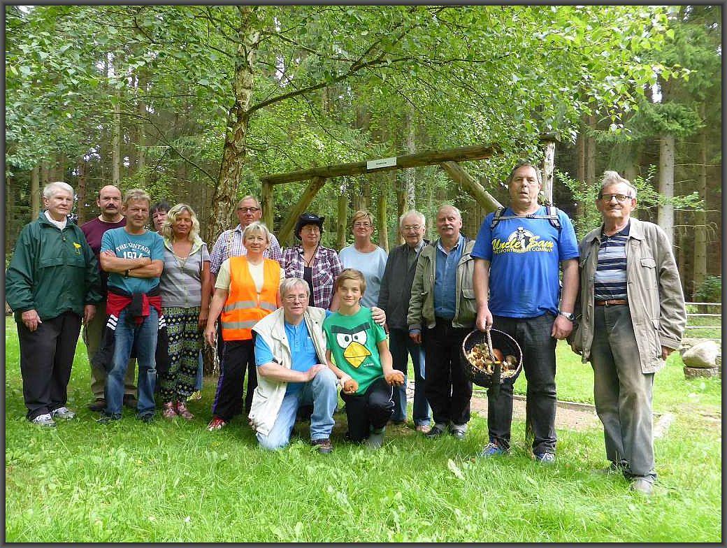 Unser Gruppenfoto zum Abschluß. Leider waren einige schon aufgebrochen, so dass die ursprüngliche Gruppe noch etwas größer war.