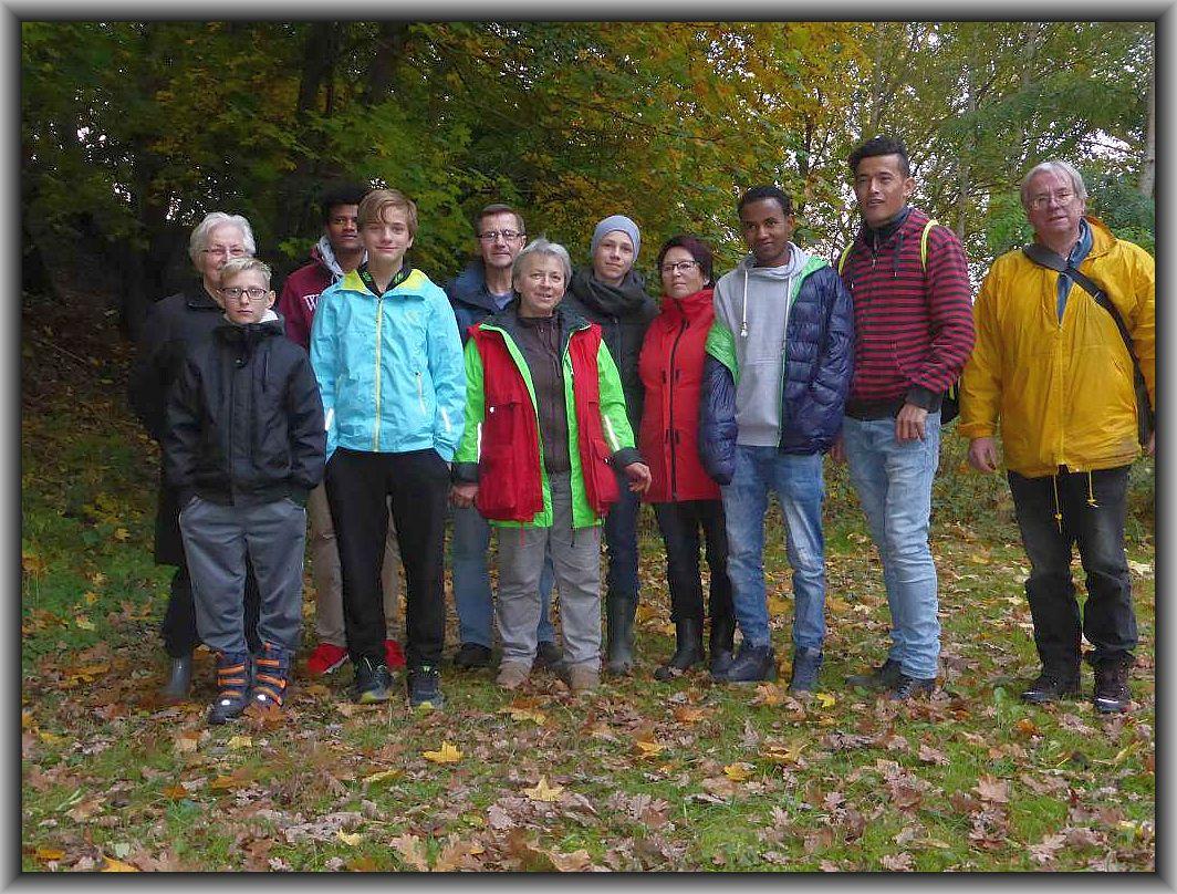 Unser Gruppenfoto enstand zu beginn der Wanderung, als das Tageslicht noch anwesend war. 25. Oktober 2016.
